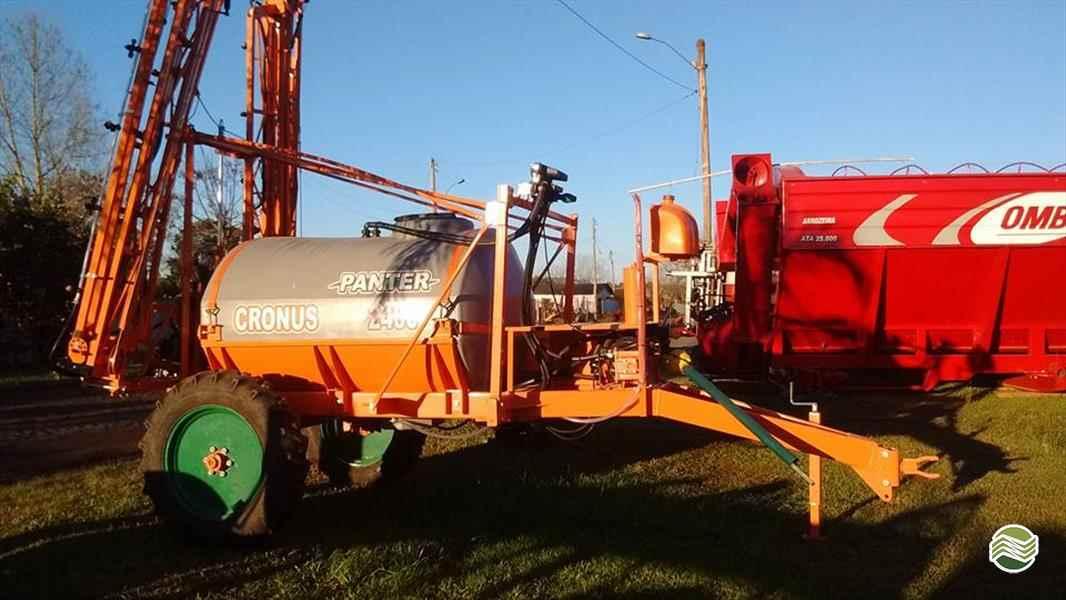 PULVERIZADOR PANTER CRONUS 2400 Arrasto Starmaq Implementos Agrícolas CRUZ ALTA RIO GRANDE DO SUL RS